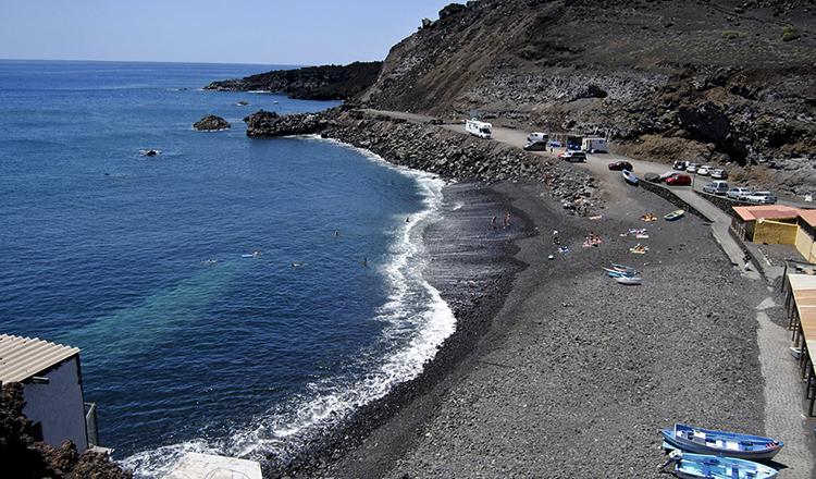 Эль-Фаро (El Faro Beach)
