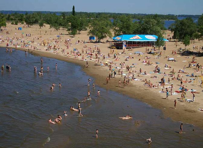 Городской пляж в Саратове