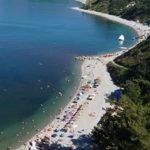 Пляжи бухты Инал — описание известных мест