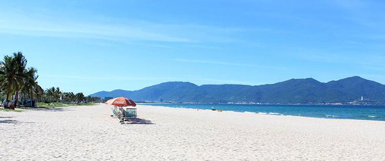 Май Кхе (My Khe beach)