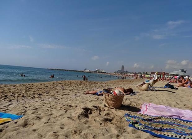 Мар Белла (Mar Bella beach) и Нова Мар Белла (Mar Bella beach)