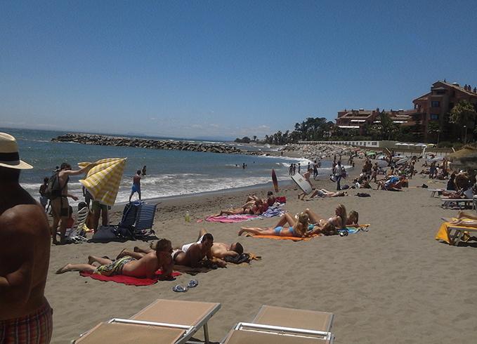 Нуэва Андалусия (Playa de Nueva Andalucía)