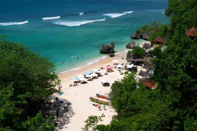 Паданг-Паданг (Padang Padang Beach)