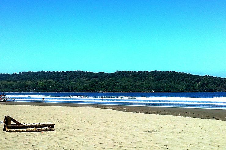 Пангандаран (Pangandaran Beach)