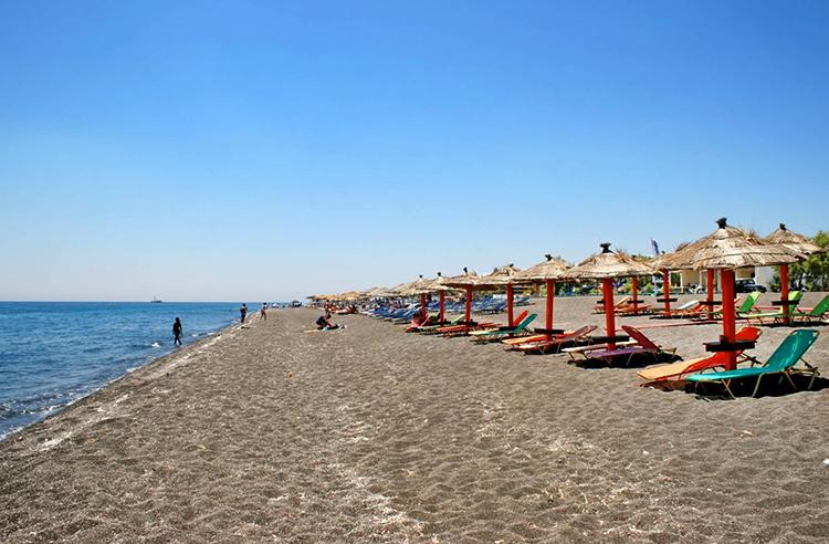 Периволос (Perivolos beach)