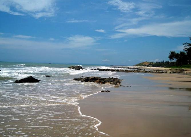 Пухай Бич (Phu Hai Beach)
