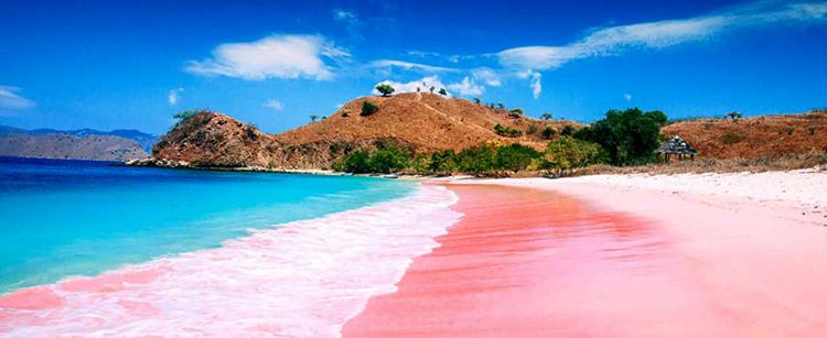 Розовый пляж (Pink Beach)