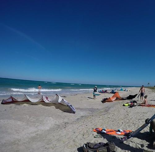 Пляж Венециана (Playa Veneciana)