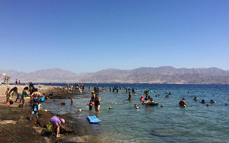 Аква бич (Aqua Beach)