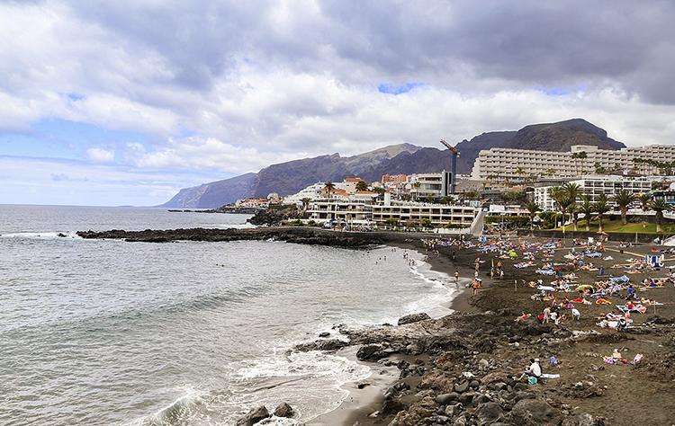 Плайя де ла Арена (Playa de la Arena)