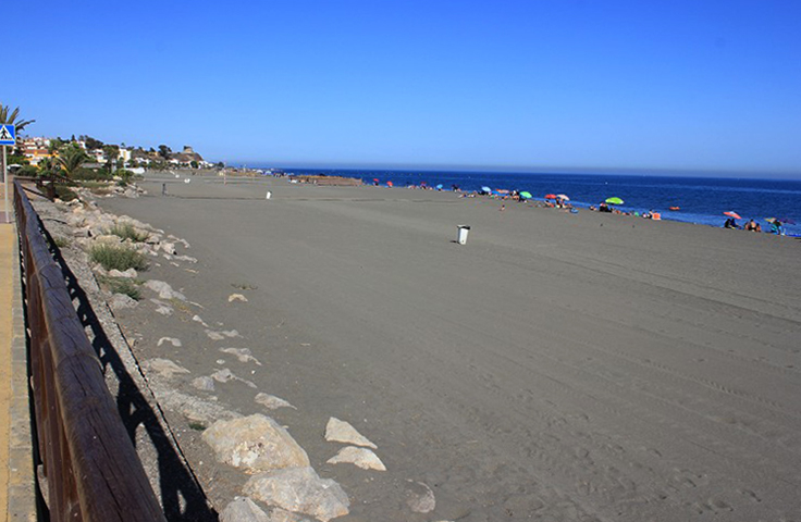 Бенахарафе (Playa de Benajarafe)