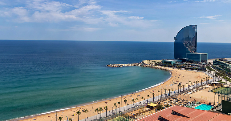 Плайя де ла Барселонета (Playa de la Barceloneta)