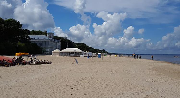 Дзинтари (Dzintari Beach)
