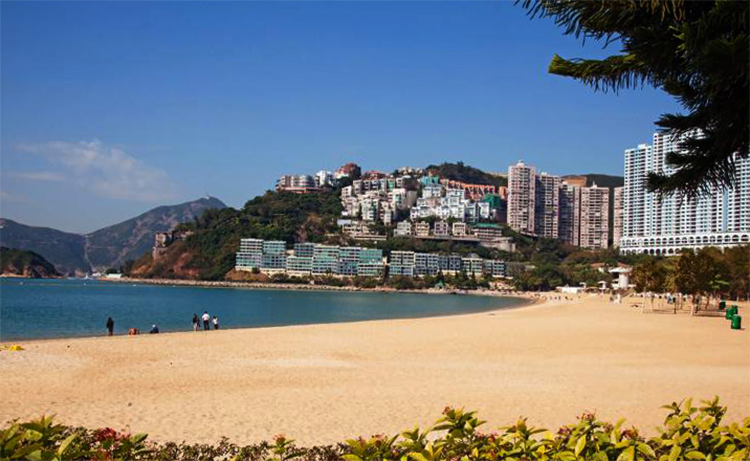 Репалс Бей (Repulse Bay Beach)