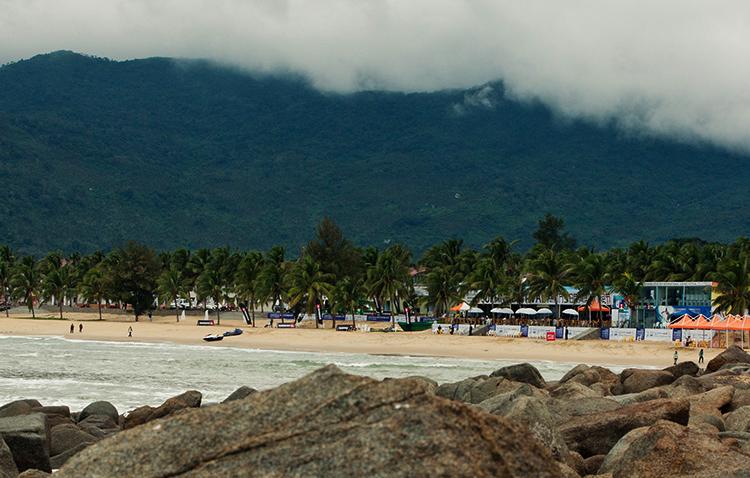 Жиюэ-Бей (Riyue Bay)