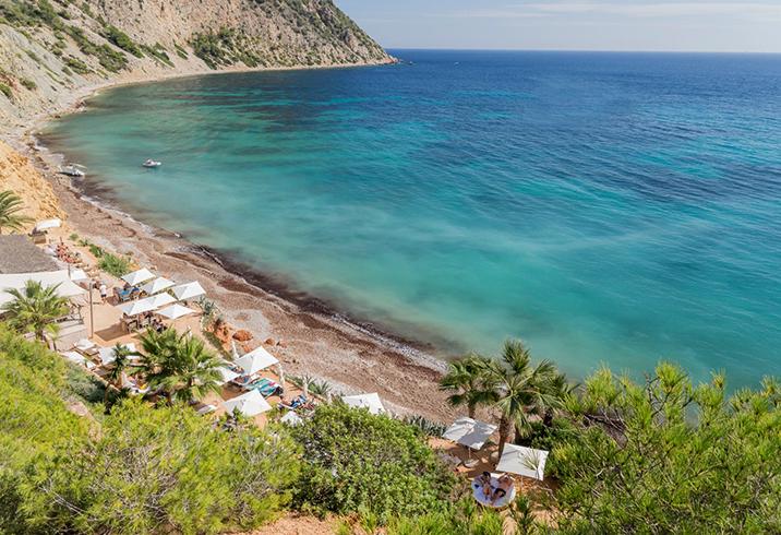 Пляж Соль-ден-Серра (Sol den Serra)