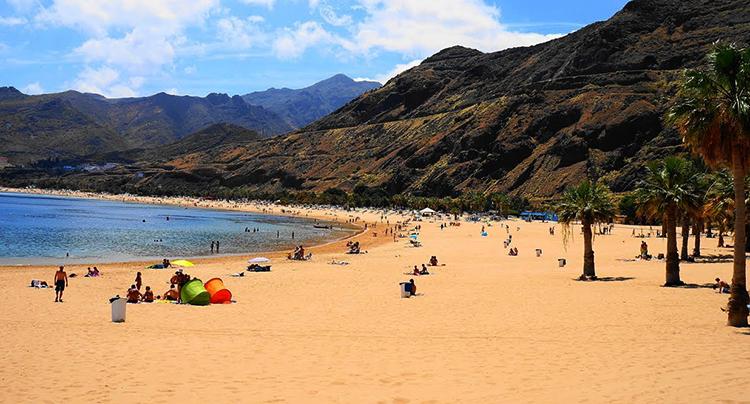 Пляж Тереситас (Playa de Las Teresitas)