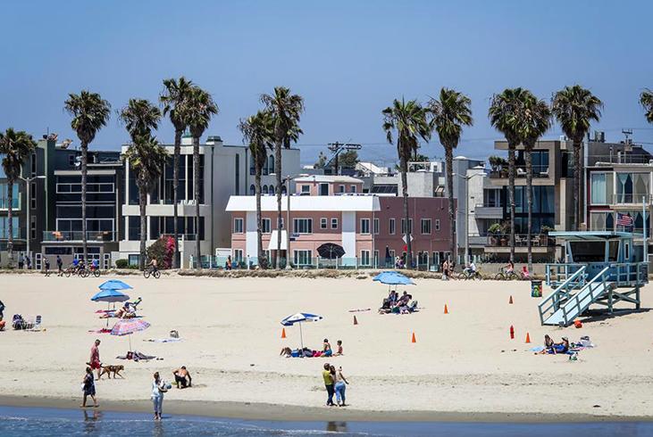 Венис Бич (Venice Beach)