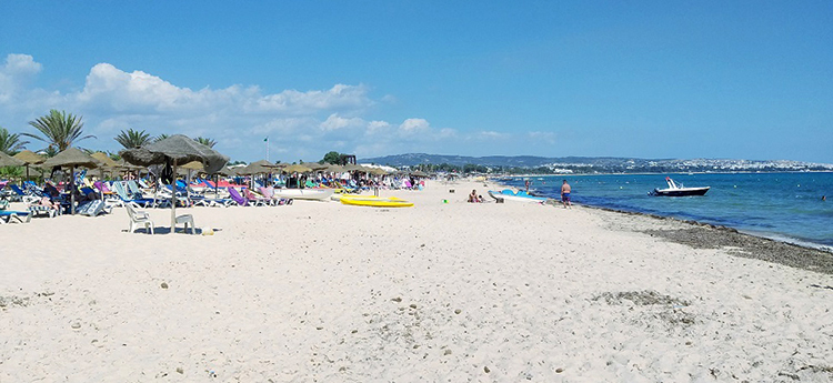 Yasmine Beach (Южный пляж)