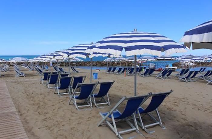 Пляж Радуга (Arcobaleno)