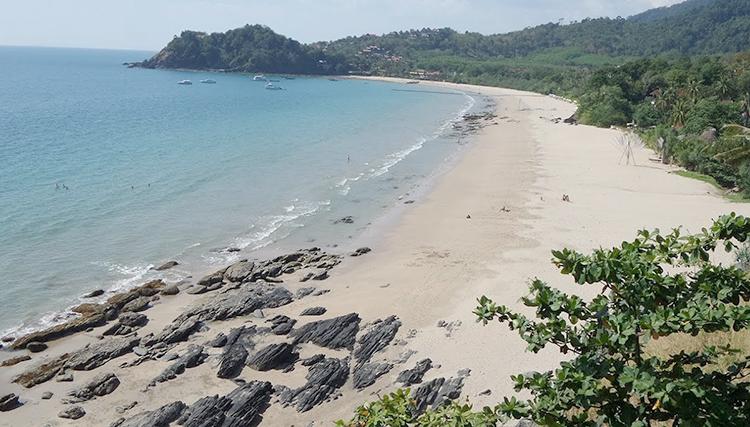 Бакантианг Бич (Bakantiang Beach)