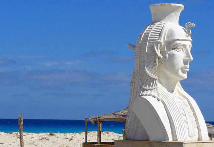 Пляж Клеопатры (Cleopatra Beach)
