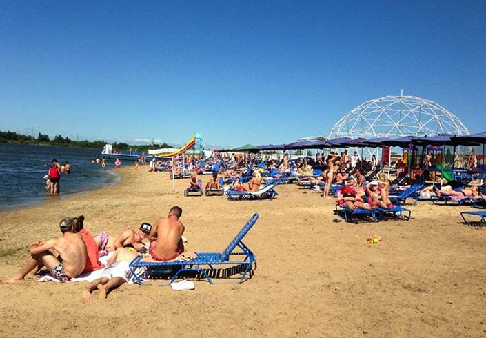 Пляж «Айс»