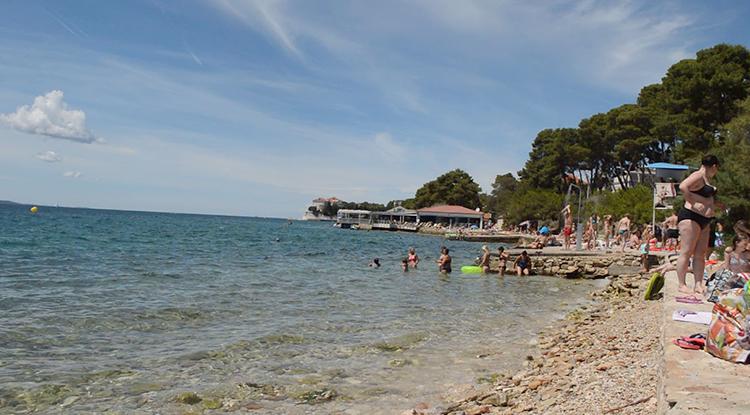 Коловар (Kolovare Beach)