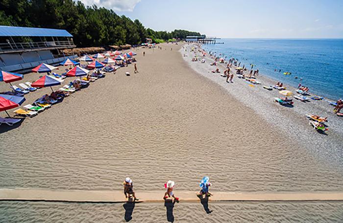 """Пляж пансионата """"Литфонд"""""""
