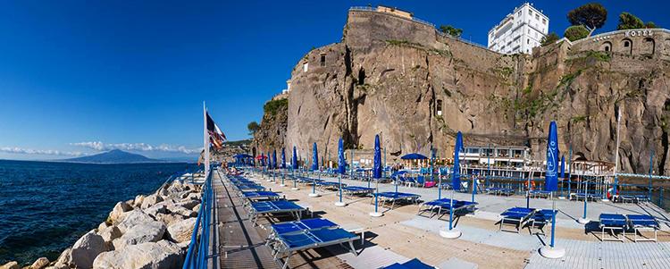 Маринелла (Spiaggia di Marinella)