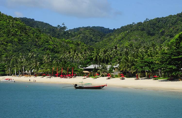 Пляж Ао Тонг Най Пан Ной (Ao Thong Nai Pan Noi)
