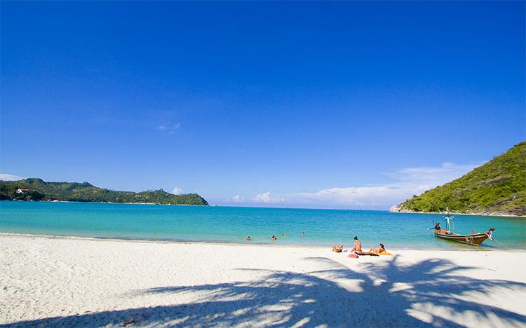 Пляж Ао Тонг Най Пан Яй (Ao Thong Nai Pan Yai)