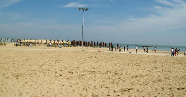 Общественный пляж Пескары (Spiaggia di Pescara)